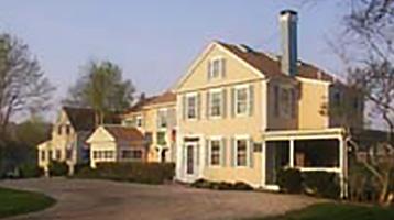 The Simmons Homestead Inn