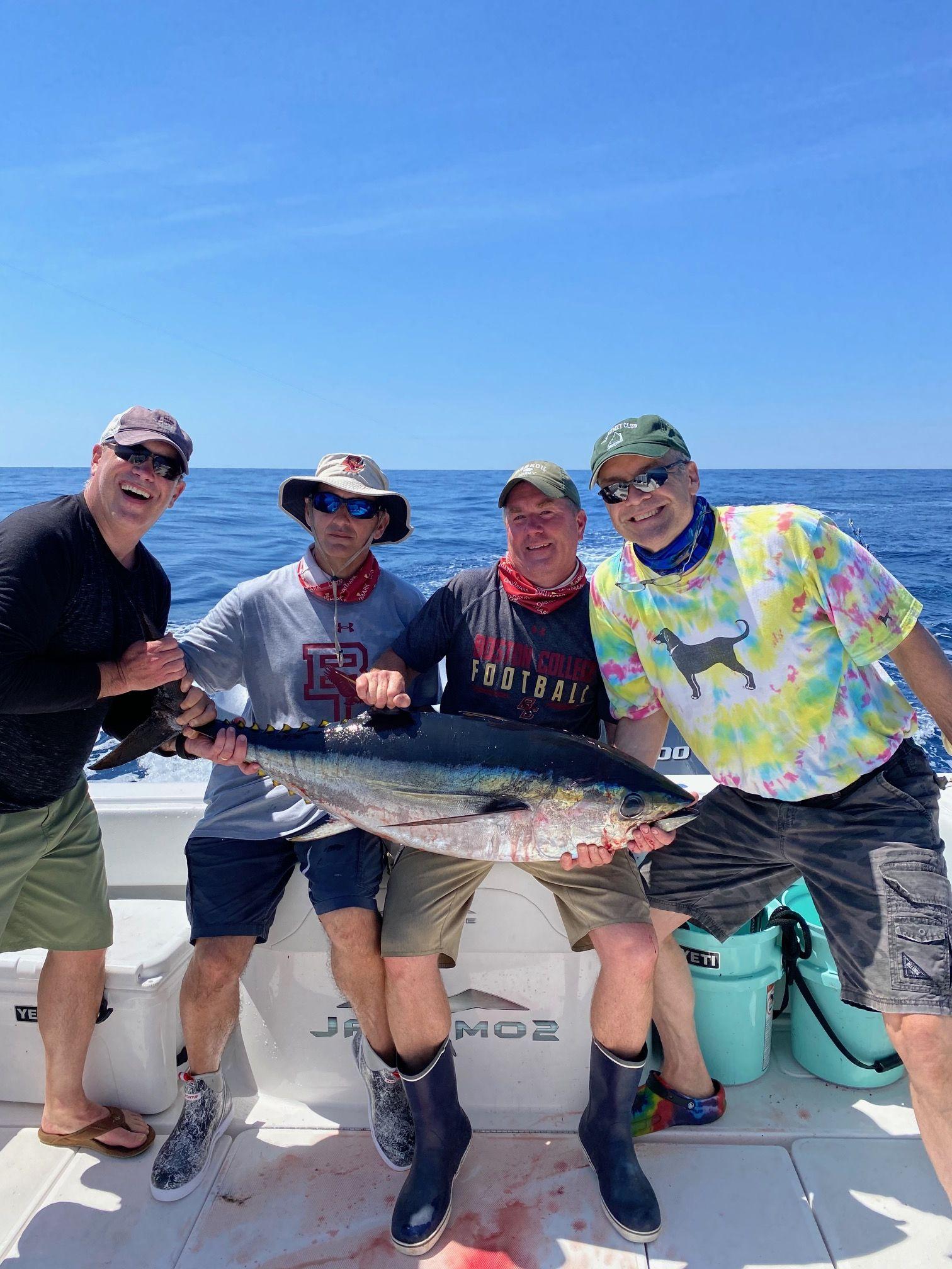 Jakamo Sportsfishing out fishing