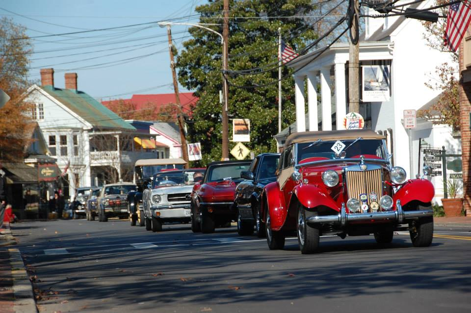 Classic Motor Museum Parade